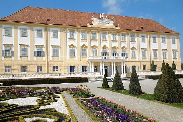 schloss hof, velkostatek rakousko, zámek pro děti rakousko
