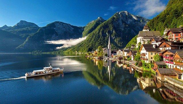 Hallstatt, léto v rakousku, léto u jezera, rakouská jezera