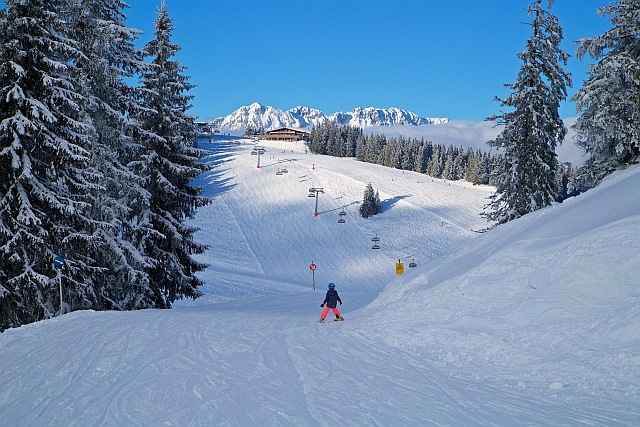 Alpy, lyžování alpy. víkendové lyžování v alpách